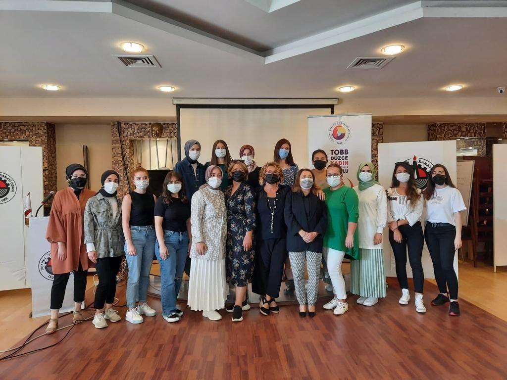 Kadın İstihdamı ve Sanayi Kültürü Düzce İli Projesi'nin İlk Eğitimi Gerçekleşti